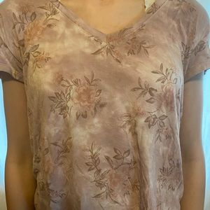 American Eagle Floral Tee Size XS